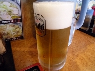 王ちゃんの生ビール.jpg